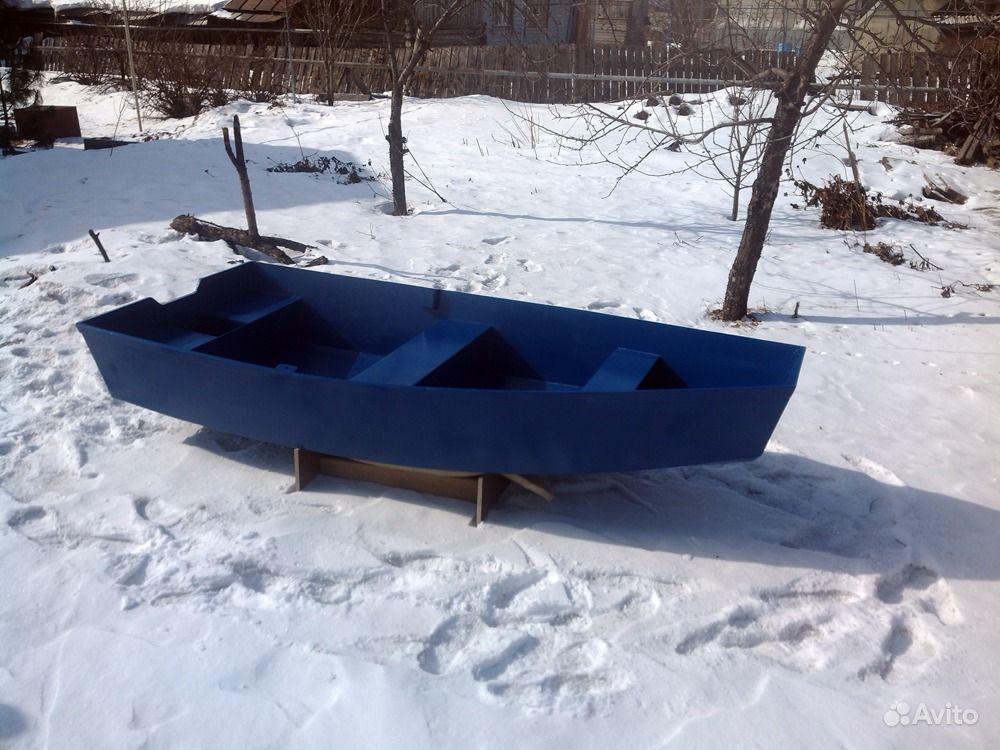 Легкая лодка пластик