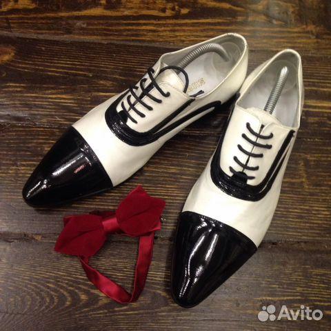 d7bc52791dac Мужские черно-белые лаковые туфли Чикаго купить в Москве на Avito ...