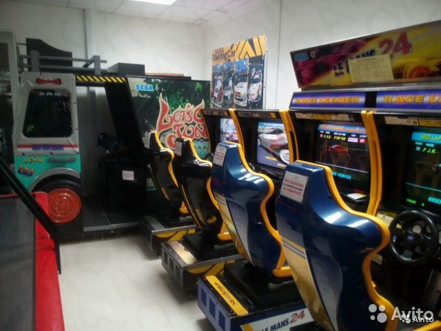 Игровые автоматы в детском кинотеатре прошивка ресивера голден интерстар 8001