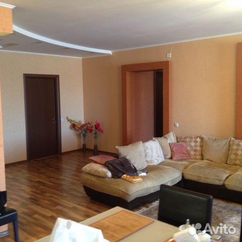 Продается трехкомнатная квартира за 8 550 000 рублей. Блюхера 6.