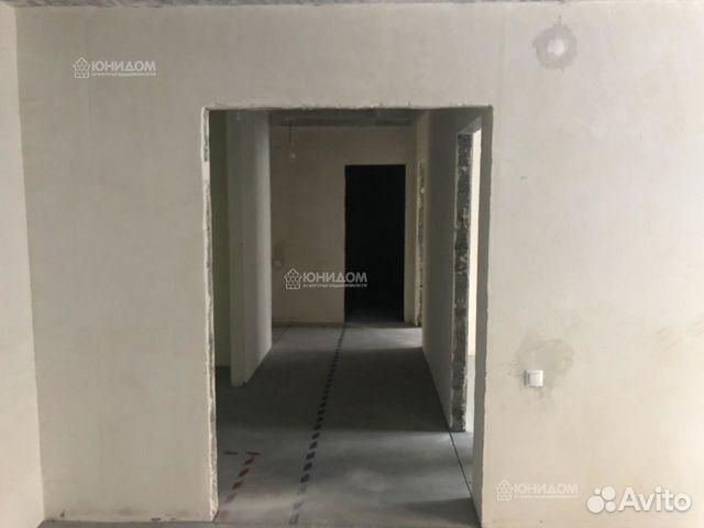 Продается трехкомнатная квартира за 7 215 000 рублей. Тюменская обл, г Тюмень, ул 50 лет Октября, д 57В.