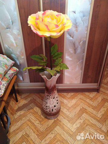Ваза с цветком  89246471193 купить 1