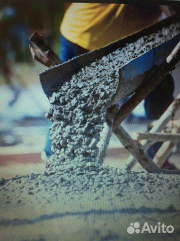 Цементный раствор и железо строительный раствор на золе