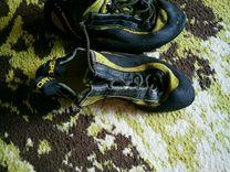 Продам скальные туфли