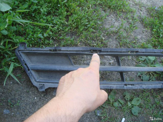 Солярис Решетка перед бампера (рест) Солярис 14-16  89205500007 купить 2